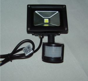 10W LED Arbetsbelysning med Sensor 240Volt (Svart)